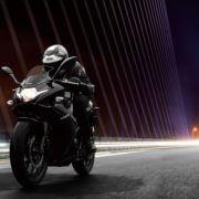 2018-Suzuki-GSX250R1