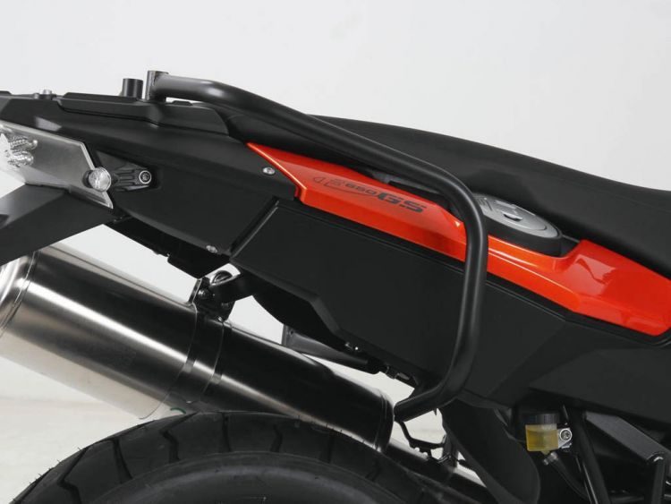 Rear protection bar (Usable for Driving Schools)