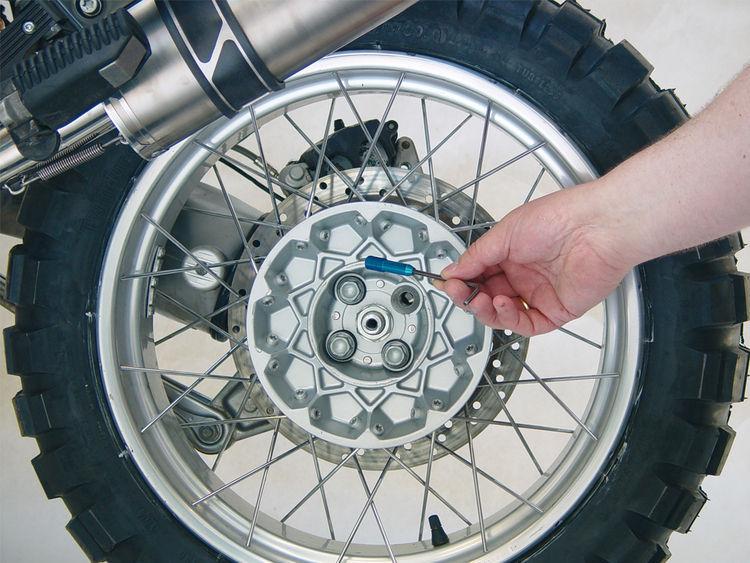 Wheel Mounting Tool