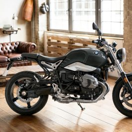 BMW-RnineT Pure-hero